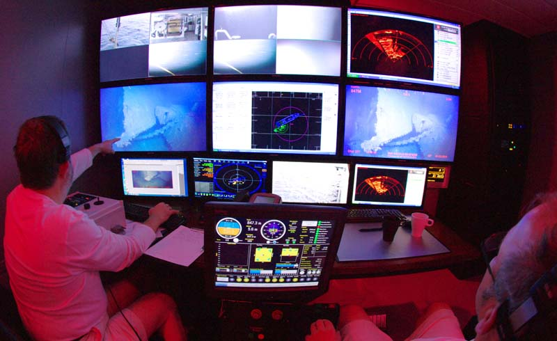 Image 8 ROV Ops Room