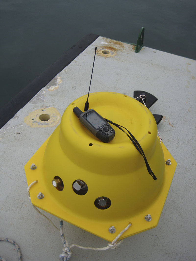 Hardy Figure 3.Beacon Board in sphere and hand held GPS receiver