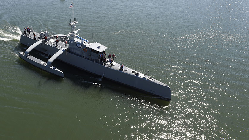 U.S. Navy to Field 'Optionally Unmanned' Vessels