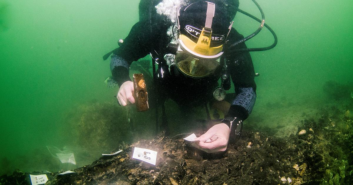 Underwater Stone Age Boat Building Site Discovered