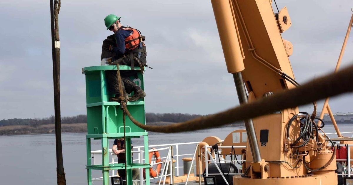 Partnership to  Fund Development of High-Tech, Ruggedized Tracking Buoy